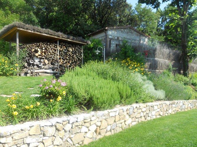 Opere strutturali eugenio ciandri giardinaggio - Muretti da giardino ...