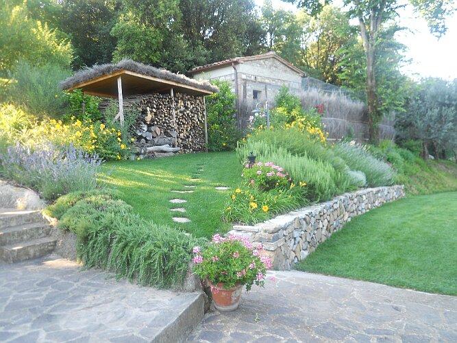 Realizzazione giardini eugenio ciandri giardinaggio for Immagini di giardini